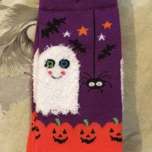 Accessories - Fuzzy ghost socks *firm price*